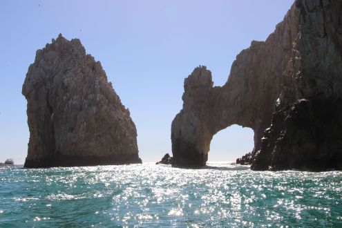 El Arco or Lands End, taken from a very fast moving boat!