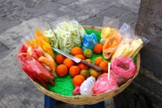 Streetside snacks.... chili on your mango?