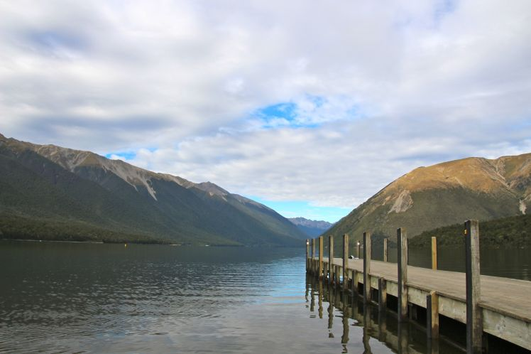 Early morning stillness at Lake Rotoiti