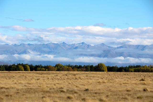 Approaching Lake Tekapo from the east