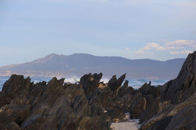 smugglers rocks!