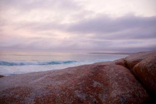 Pre dawn colours at the Bay of Fires